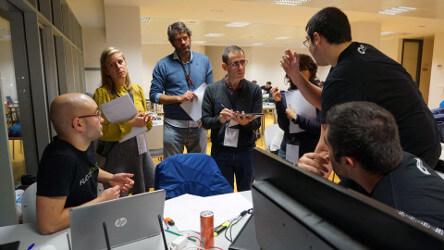 Juan Antonio Losada como jurado - Hackathon Spain